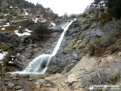 Chorro o Chorrera de San Mamés; guias senderismo; sierra madrid rutas;nieve en la sierra de madrid